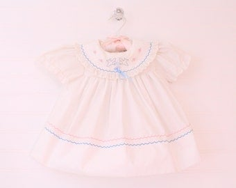 Vintage baby dress. White baby dress, Baby Togs dress for 6-9 Mo