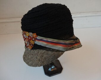 1920's Cloche Hat. Felted Flowers.