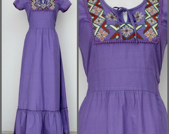 Vintage NANI maxi dress, BOHO Hippy chic, embroidered, lavender ~ size S-M