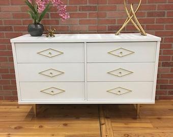 SOLD!!! White Lacquer Modern Dresser