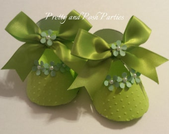10 Adorable Floral Green Pearl Embellishment Paper Shoe Favor Boxes