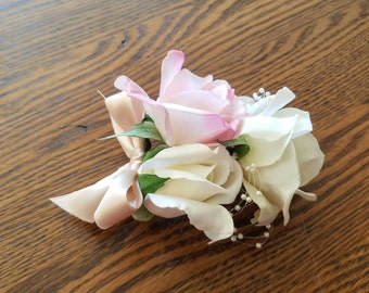 CLEARANCE Boutonniere, mother of the bride boutonniere, grandmother boutonniere, mother of the groom boutonniere, mother of the bride wit