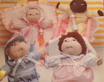 McCalls Pattern 799 Soft Sculptured Dolls Wardrobe