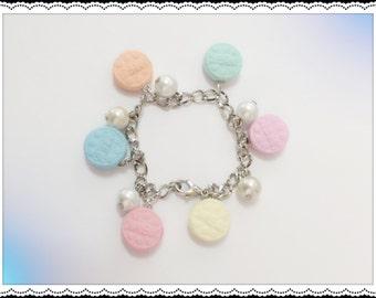 SALE! Pastel mini Oreo Charm bracelet, miniature jewelry, food jewelry, kids, teens, all ages jewellery,