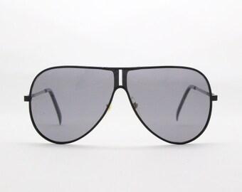 original vintage Linda Farrow sunglasses, aviar style glasses, designer eyewear