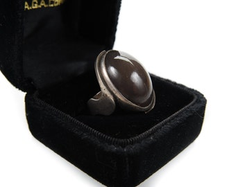 Antique Middle Eastern Sterling Persian Ring w/Oval Brown stone