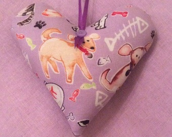 Handcrafted Dogs and Cats Hanging Heart Decoration
