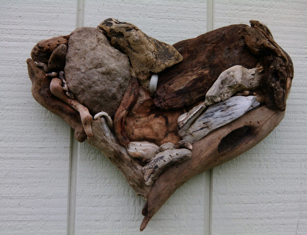 Driftwood heart driftwood art wall hanging by for Driftwood wall