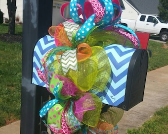 Large Colorful Everyday Deco Mesh Mailbox Wreath / Mailbox Swag / Mailbox Wrap / Mailbox Cascade / Mailbox Decor / Mailbox Topper