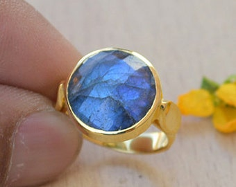 Faceted Blue Fire Labradorite gold ring,14k yellow gold ring, Labradorite jewelry,romantic gift ring,gold ring, gift for her,Labradorite