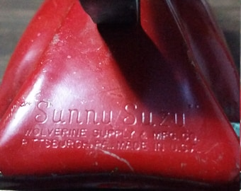 Child's Vintage TOY Iron Sunny Suzy Wolverine WOOD Handle Red Color c.1930's