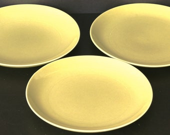 Avocado Yellow 9 inch Lunch Plate - Russel Wright - Iroquois Casual China - Vintage