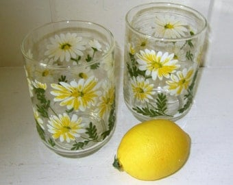 "Set of 2 Vintage Libbey Daisy Pattern Drinking Glasses 4"" Tall"