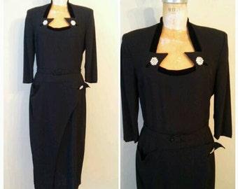 Vintage 1940s Black Crepe Evening Gown, 1940s Dress Mademoiselle Juliet, Black Crepe Dress, Velvet Collar, Size 10, Medium, Glamour, Volup
