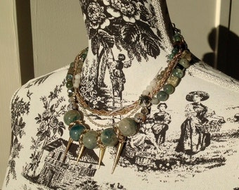Necklace Green Witch