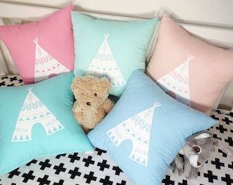 Teepee cushions - square
