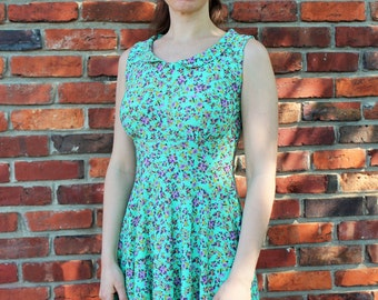 Fit & Flare Dress - Peter Pan Collar - Minty Floral Sleeveless