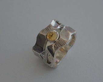 Eclipse ring with citrine