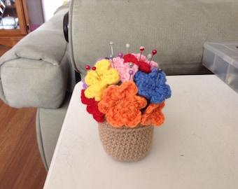 Flower pot pincushion
