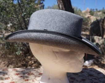 SALE:  Women's Grey Pure Wool Fedora Hat / Vintage Betmar Wool Hat  / USA Made Women's Wool Fedora / 40s Womens Fedora, 80s does 40's Fedora