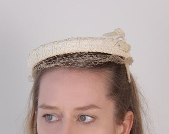 Vintage 1940s ivory lace hat wedding