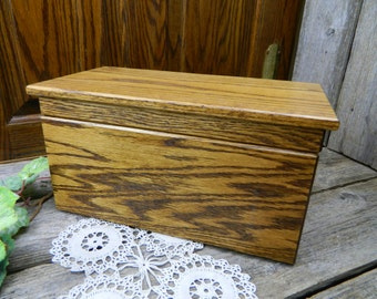 Vintage Oak Hardwood Box