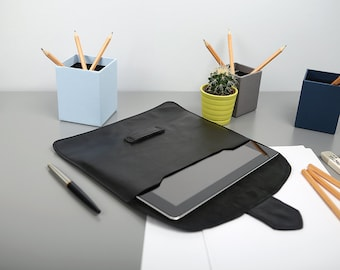 Classic Leather Case for iPad