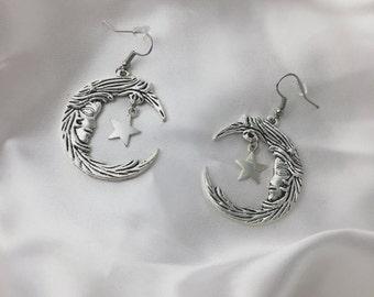 Fairytale moon earrings