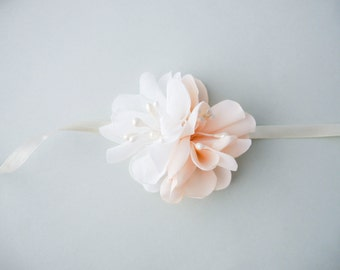 Ivory pale pink flower wrist corsage,  Fabric flower wrist Corsage, Chiffon Flower corsage, Bridesmaid Corsage , Flower girl corsage,