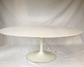 1960's EarLy OrigiNaL KnoLL Eero SaariNen TuLip DiNinG TabLe OvaL FoRmica LaMinaTe oN wooD+Iron base Mid ceNtury diNing tabLe FRee ShiPPinG