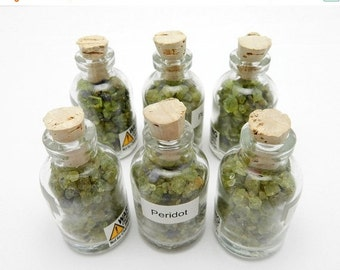 10% off Olympics Peridot in a Bottle - Peridot Gemstone Chips (RK32B3)