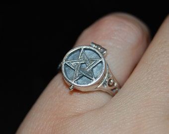 Poison Pentagram Locket Ring Vintage Opens to Hidden Compartment Sterling Silver 925