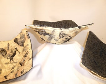 Chickens, Bowl Cozy, Microwave Bowl Holders, Pot Holders, Microwave Potato Bag, Chickens, Roosters, Tan, Black