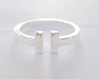Double Bar T ring- Sterling Silver