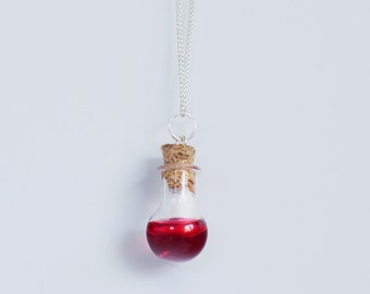Health and Mana Potion Necklace