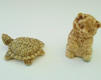 Two Wade Whimsies brown bear and tortoise original wade figurines
