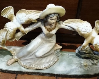 Woman with doves, plaster statue, woman plaster statue, Artibel statue, plaster statue doves, Artibel doves statue, Artibel woman statue