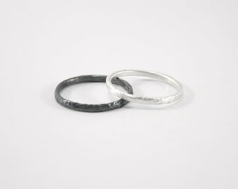 TEXTURIZED RINGS