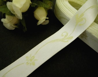 6 yds / 5 meters Flower Pastel Yellow Satin Woven Jacquard Ribbon 5/8 inch / 1.58 cm width L400
