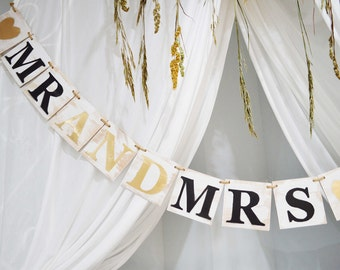 Wooden Mr. and Mrs. banner, Rustic wedding wooden sign, Wedding banner, wooden custom banner, wooden garland, wedding garland, custom banner