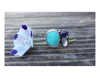 Triple stone ring. Turquoise, moonstone and sapphire ring. Sterling silver. Handcrafted.