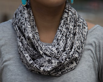 Black and White Abstract Pattern Infinity Scarf (Cowl)