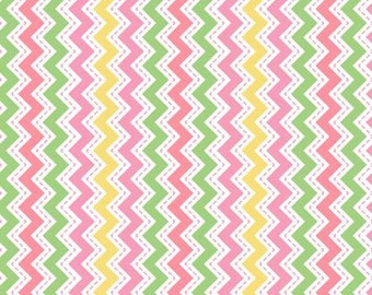 45'' Maywood Studios Little Ones Flannel Pink Zig Zag by the Yard MASF 8223-P