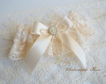 Vintage Bridal Garter, Wedding Garter, Lace Garter, Toss Garter included Ivory with Rhinestones and Pearls Custom Wedding colors