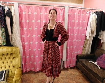 1960's Gunne Sax tag size 13 about 6-8 red plaid with black velvet