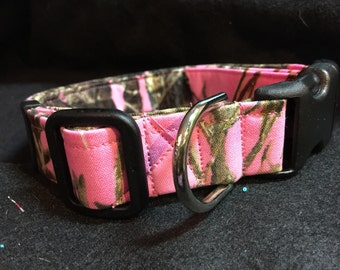 Pink camo collar  available in all sizes and harness