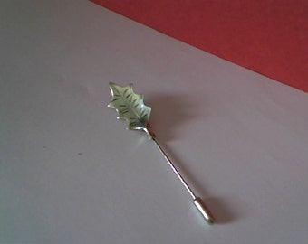 Vintage STERLING SILVER - Women's Leaf Lapel Pin - STRAIGHT Pin Design