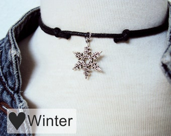 Snowflake Choker Necklace ~ Christmas Charm ~ Silver Snowflake Necklace ~ Winter Jewelry ~ Christmas Necklace ~ Winter Necklace