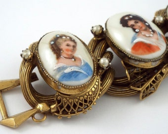 1950s - Gorgeous Chunky Vintage Limoges Painted Cameos Filligree Bracelet