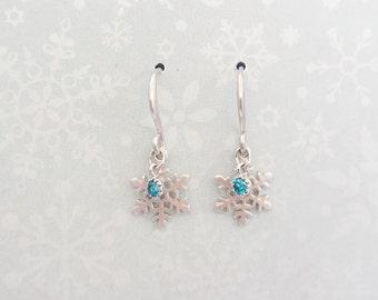 Silver snow flake  aquamarine cz dangle earrings/cz dangle earrings/snow flake earrings